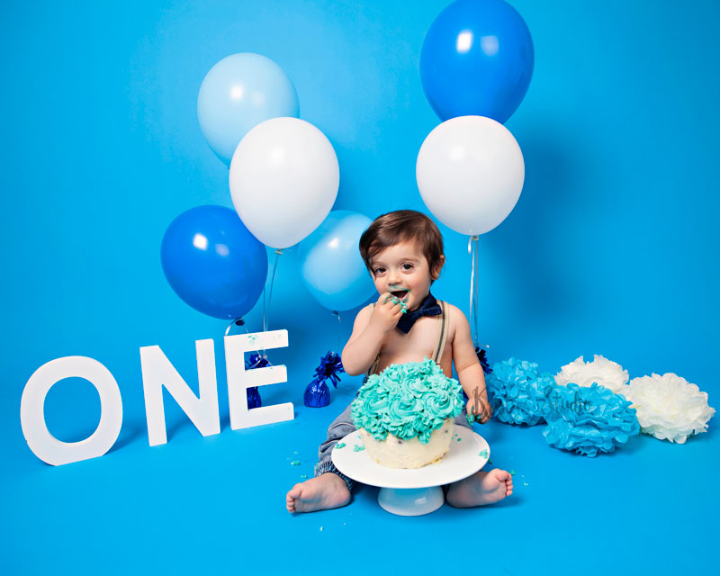 Cake-Smash-boy-blue Baby Photography Sydney