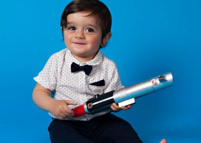 Cake-Smash-boy-laser-gun-blue Baby Photography Sydney