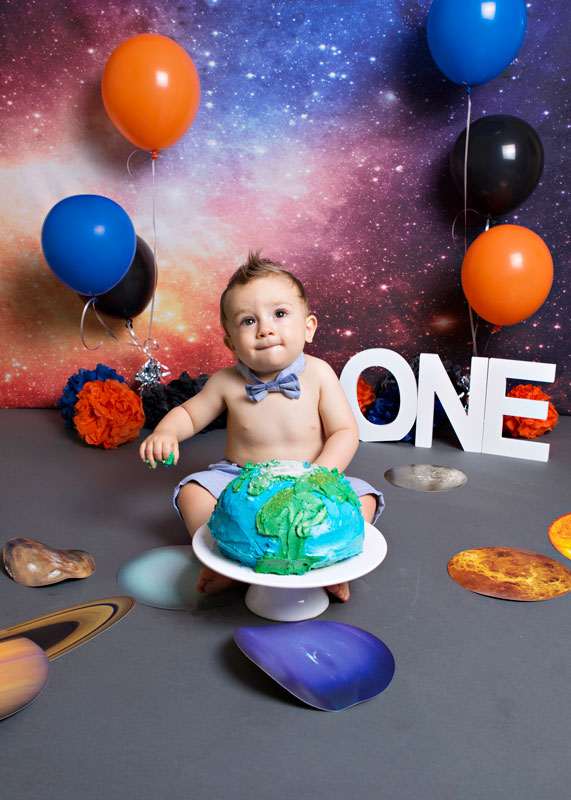 Space-themed-cake-smash-3 Baby Photography Sydney