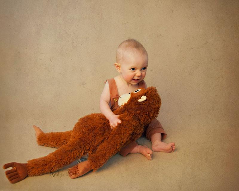 cake-smash-girl-monkey Baby Photography Sydney