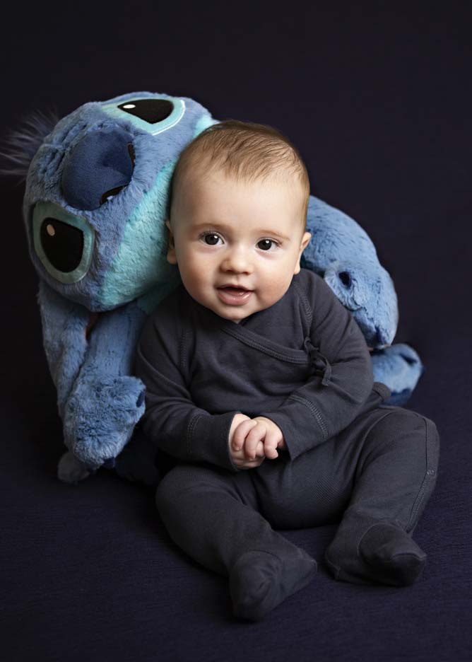baby-and-stich-2