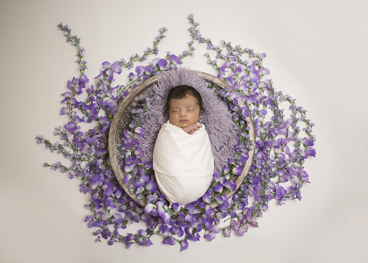 newborn-purple-fower-bowl-white-wrap