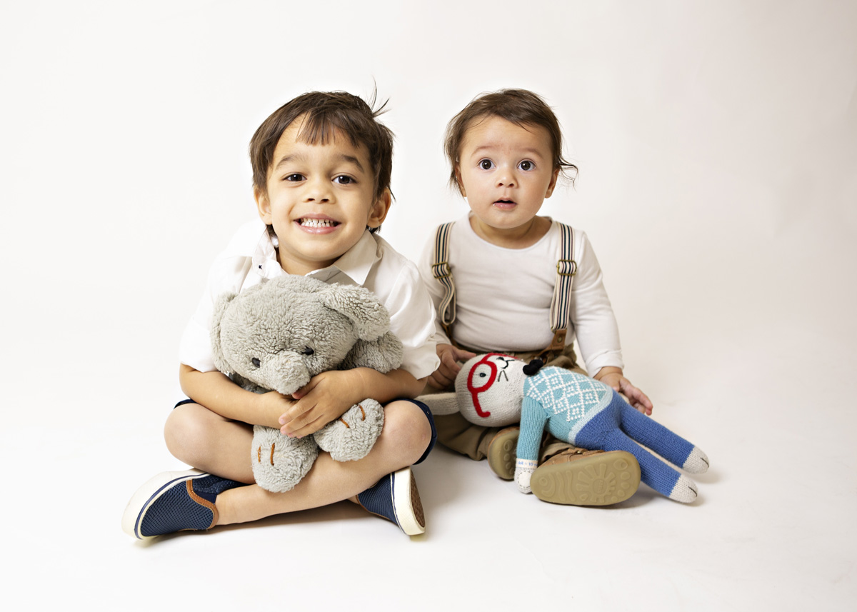 2-brothers-baby-boy