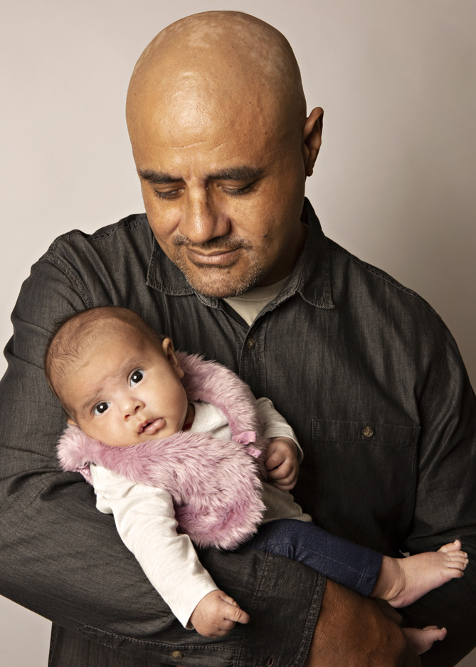 newborn-girl-and-father