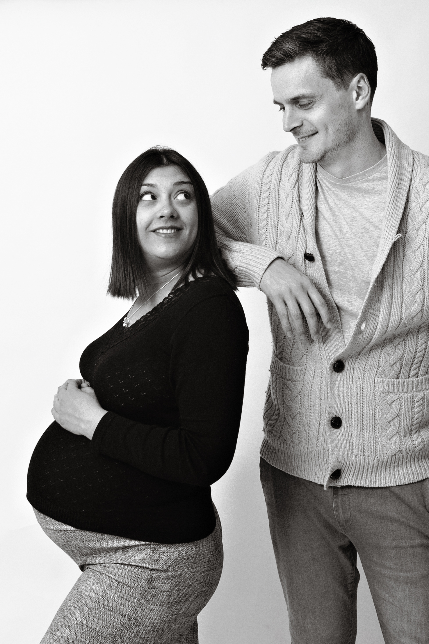 pregnant-lady-and-father-black-and-white